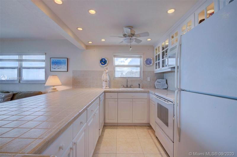 Edgewater for Sale - 400 N Surf Rd, Unit 506, Hollywood 33019, photo 3 of 22