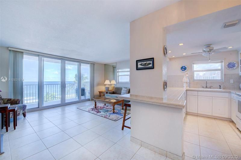 Edgewater for Sale - 400 N Surf Rd, Unit 506, Hollywood 33019, photo 4 of 22