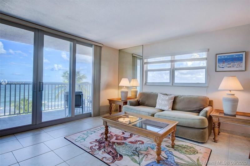 Edgewater for Sale - 400 N Surf Rd, Unit 506, Hollywood 33019, photo 9 of 22