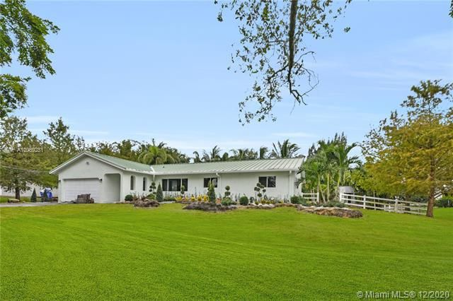 Chambers Land Co Sub for Sale - 5031 SW 170th Ave, Southwest Ranches 33331, photo 1 of 32