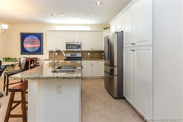 Riviera Isles for Sale - 5372 SW 155th Ave, Miramar 33027, photo 22 of 34