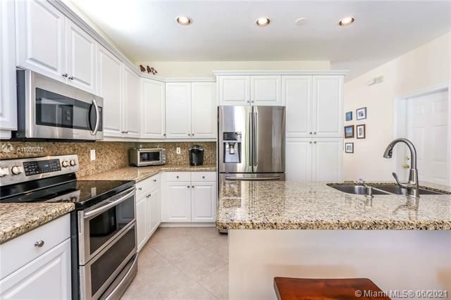Riviera Isles for Sale - 5372 SW 155th Ave, Miramar 33027, photo 23 of 34