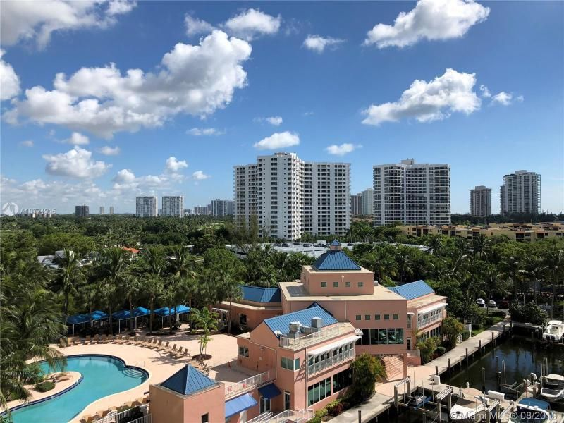Aventura Marina for Sale - 3340 NE 190th St, Unit 808, Aventura 33180, photo 1 of 16