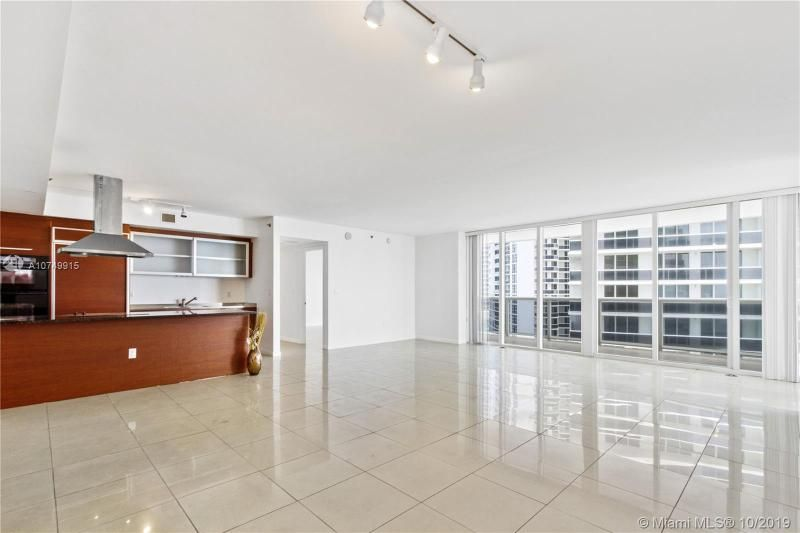 Beach Club I for Sale - 1850 S Ocean Dr, Unit 2010, Hallandale 33009, photo 13 of 48