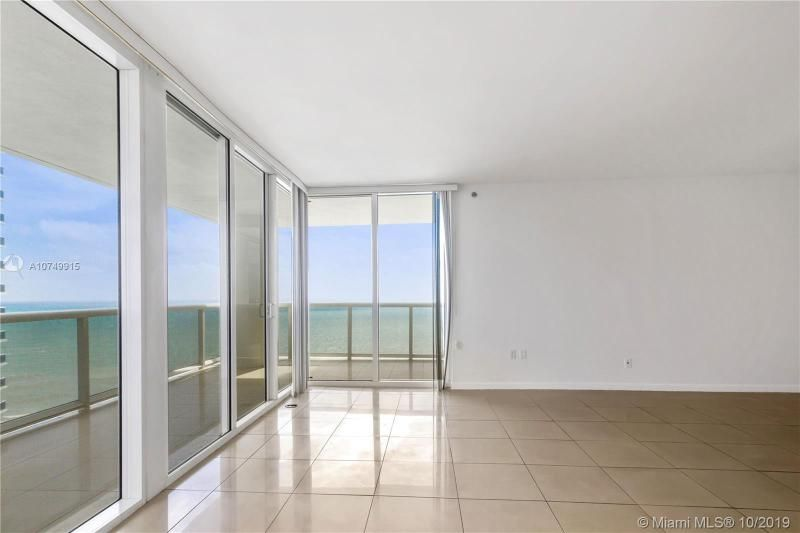 Beach Club I for Sale - 1850 S Ocean Dr, Unit 2010, Hallandale 33009, photo 16 of 48