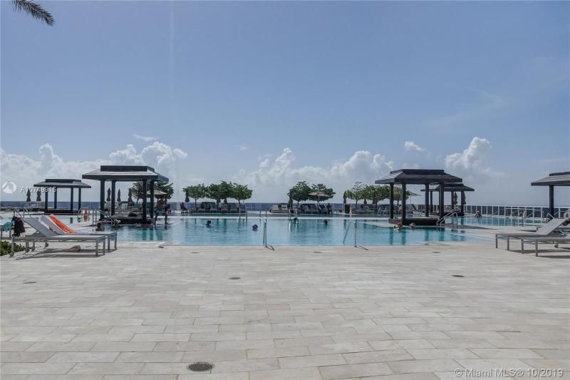 Beach Club I for Sale - 1850 S Ocean Dr, Unit 2010, Hallandale 33009, photo 28 of 48