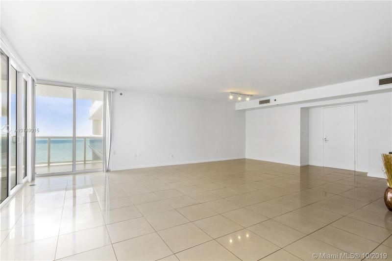 Beach Club I for Sale - 1850 S Ocean Dr, Unit 2010, Hallandale 33009, photo 9 of 48