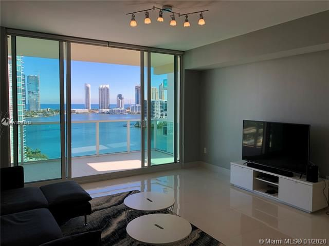 Aventura Marina for Sale - 3340 NE 190 ST, Unit LPH1709, Aventura 33180, photo 1 of 28