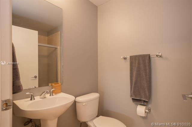 Aventura Marina for Sale - 3340 NE 190 ST, Unit LPH1709, Aventura 33180, photo 18 of 28