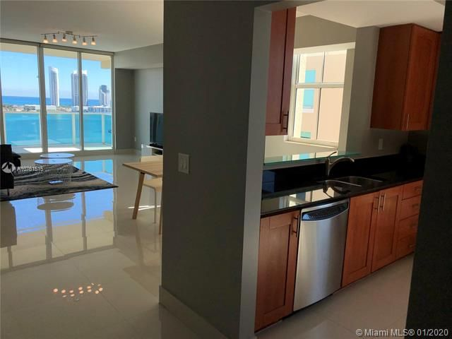 Aventura Marina for Sale - 3340 NE 190 ST, Unit LPH1709, Aventura 33180, photo 2 of 28