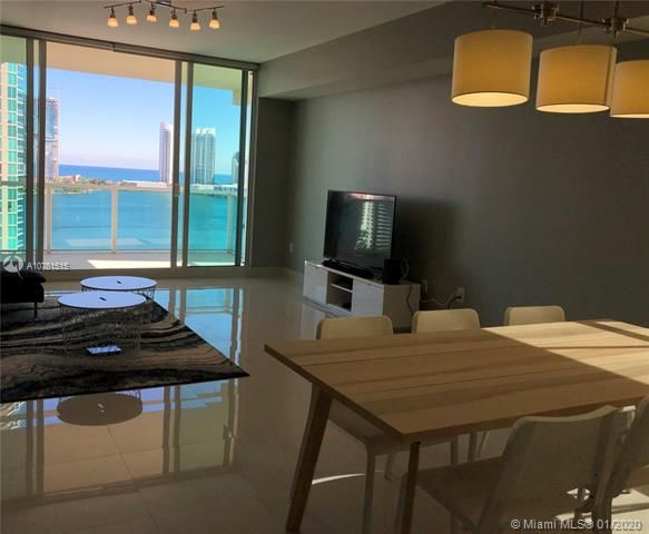 Aventura Marina for Sale - 3340 NE 190 ST, Unit LPH1709, Aventura 33180, photo 3 of 28
