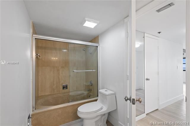Summit for Sale - 1201 S Ocean Dr, Unit 1210S, Hollywood 33019, photo 10 of 39