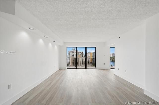 Summit for Sale - 1201 S Ocean Dr, Unit 1210S, Hollywood 33019, photo 4 of 39