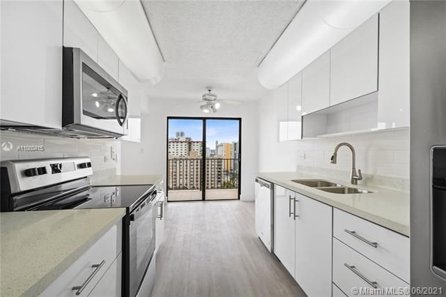 Summit for Sale - 1201 S Ocean Dr, Unit 1210S, Hollywood 33019, photo 7 of 39