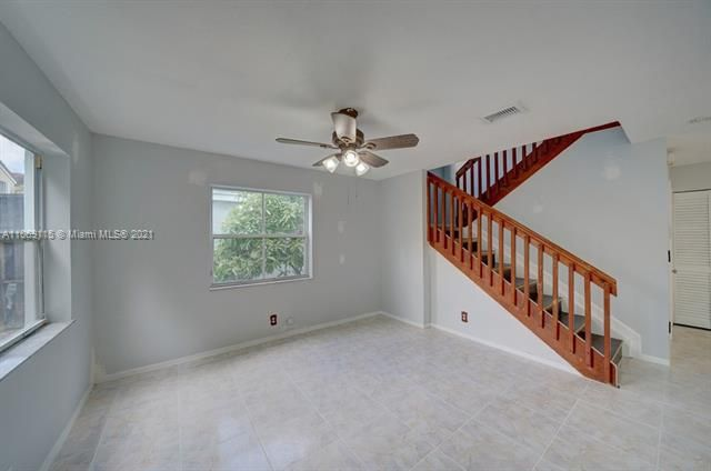 Coral Bay Replat Sec 1 for Sale - 6222 Navajo, Margate 33063, photo 11 of 37