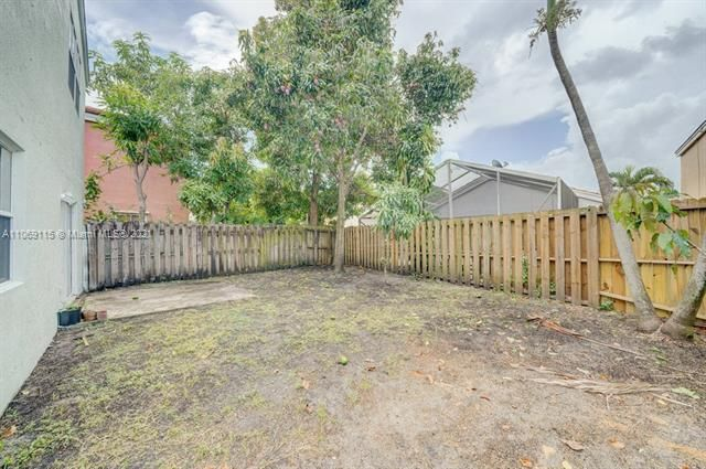 Coral Bay Replat Sec 1 for Sale - 6222 Navajo, Margate 33063, photo 18 of 37
