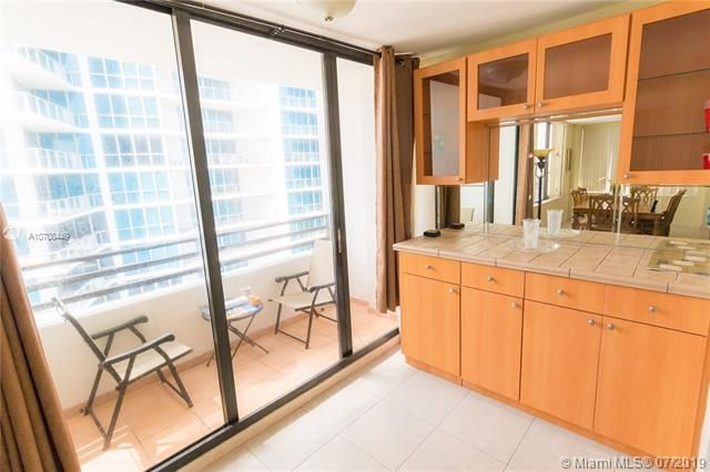 Alexander Towers for Sale - 3505 S Ocean Dr, Unit 1505, Hollywood 33019, photo 16 of 48