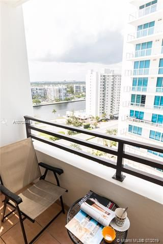 Alexander Towers for Sale - 3505 S Ocean Dr, Unit 1505, Hollywood 33019, photo 17 of 48