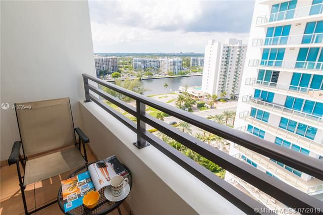 Alexander Towers for Sale - 3505 S Ocean Dr, Unit 1505, Hollywood 33019, photo 2 of 48