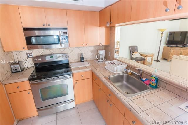 Alexander Towers for Sale - 3505 S Ocean Dr, Unit 1505, Hollywood 33019, photo 20 of 48