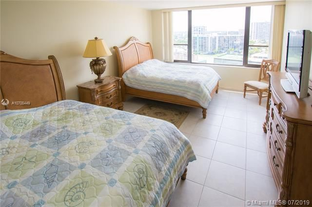 Alexander Towers for Sale - 3505 S Ocean Dr, Unit 1505, Hollywood 33019, photo 23 of 48