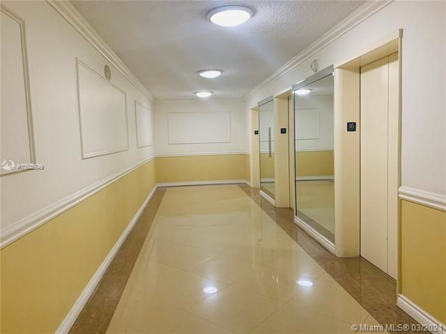 Sea Air Towers for Sale - 3725 S Ocean Dr, Unit 1627, Hollywood 33019, photo 15 of 30