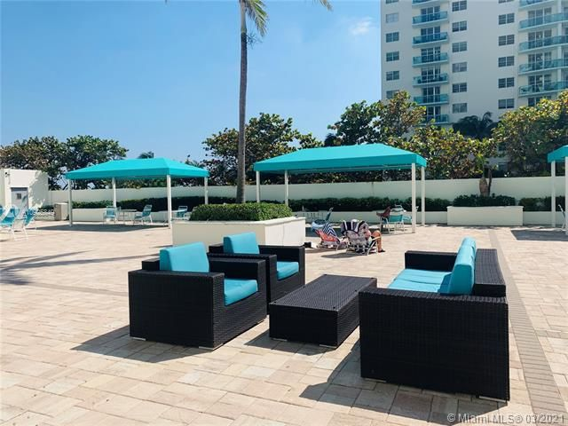 Sea Air Towers for Sale - 3725 S Ocean Dr, Unit 1627, Hollywood 33019, photo 18 of 30