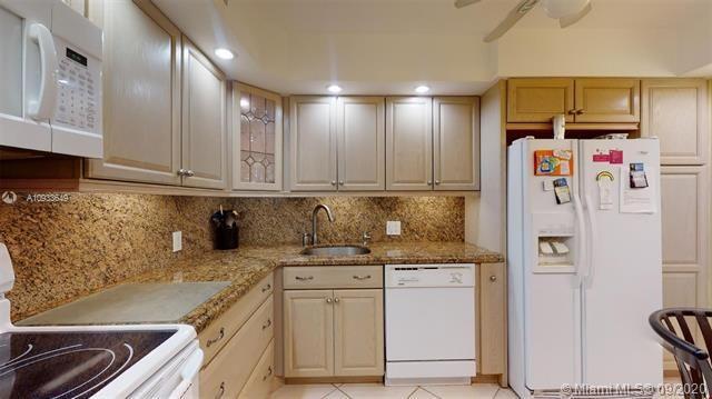 Coronado for Sale - 20301 W Country Club Dr, Unit 829, Aventura 33180, photo 2 of 41