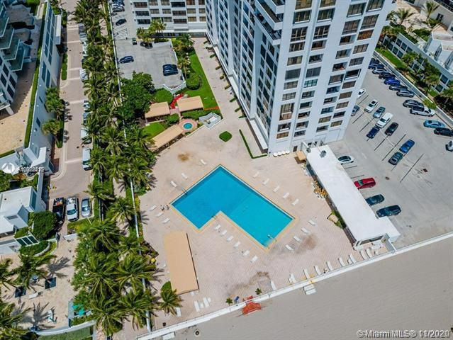 Alexander Towers for Sale - Hollywood, FL 33019, photo 23 of 30
