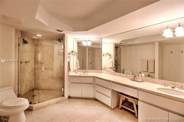 Sands Pointe for Sale - 16711 Collins Ave, Unit 1907, Sunny Isles 33160, photo 10 of 19