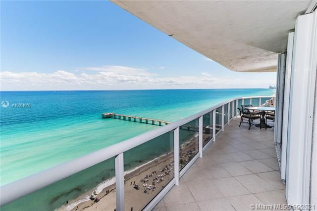 Sands Pointe for Sale - 16711 Collins Ave, Unit 1907, Sunny Isles 33160, photo 2 of 19