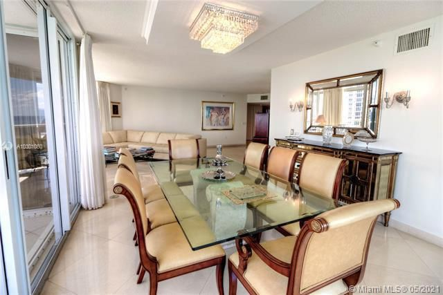 Sands Pointe for Sale - 16711 Collins Ave, Unit 1907, Sunny Isles 33160, photo 7 of 19