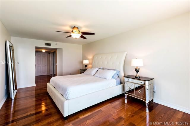Sands Pointe for Sale - 16711 Collins Ave, Unit 1907, Sunny Isles 33160, photo 9 of 19