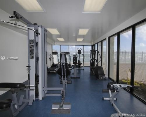 Alexander Towers for Sale - 3505 S Ocean Dr, Unit 1209, Hollywood 33019, photo 13 of 16