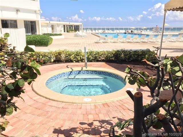 Alexander Towers for Sale - 3505 S Ocean Dr, Unit 1209, Hollywood 33019, photo 15 of 16