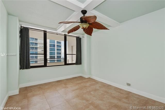 Alexander Towers for Sale - 3505 S Ocean Dr, Unit 1209, Hollywood 33019, photo 8 of 16