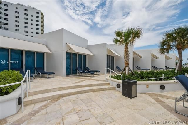 Ocean Palms for Sale - 3101 S Ocean Dr, Unit 406, Hollywood 33019, photo 23 of 36