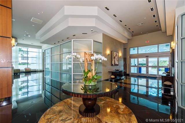 Ocean Palms for Sale - 3101 S Ocean Dr, Unit 406, Hollywood 33019, photo 32 of 36