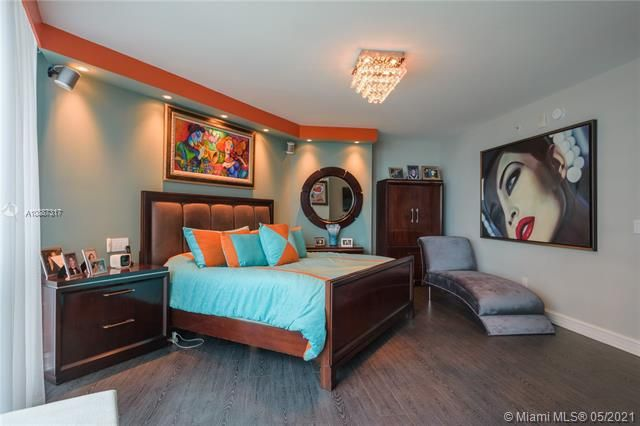 Ocean Palms for Sale - 3101 S Ocean Dr, Unit 406, Hollywood 33019, photo 8 of 36