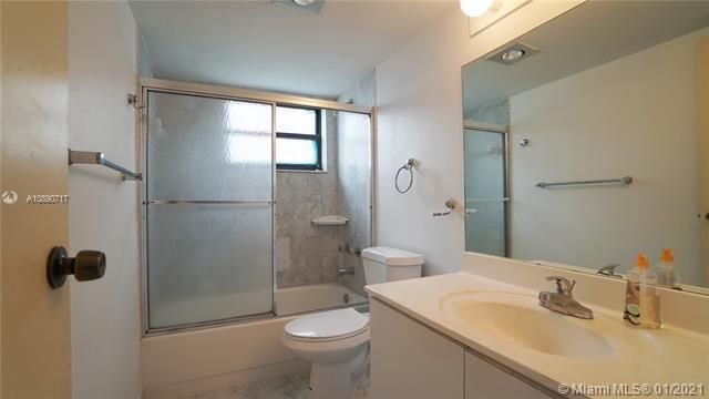 Quadomain Catania for Sale - 2301 S Ocean Dr, Unit 501, Hollywood 33019, photo 16 of 42