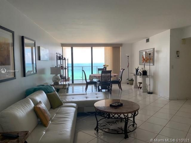 Quadomain Catania for Sale - 2301 S Ocean Dr, Unit 501, Hollywood 33019, photo 4 of 42