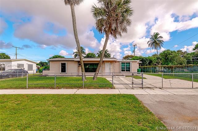 Browardale for Sale - 3360 NW 8th St, Lauderhill 33311, photo 1 of 28