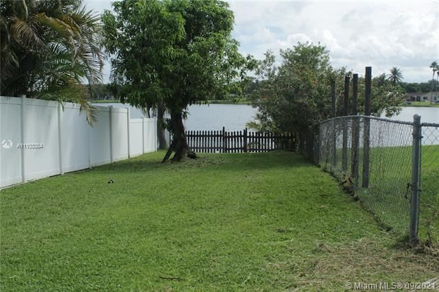 Flamingo Gardens for Sale - 5636 SW 118th Ave, Cooper City 33330, photo 11 of 35