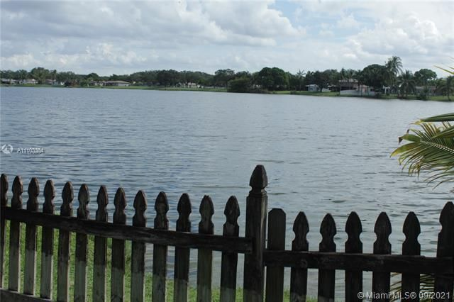 Flamingo Gardens for Sale - 5636 SW 118th Ave, Cooper City 33330, photo 12 of 35
