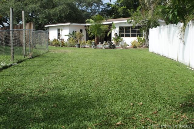 Flamingo Gardens for Sale - 5636 SW 118th Ave, Cooper City 33330, photo 14 of 35