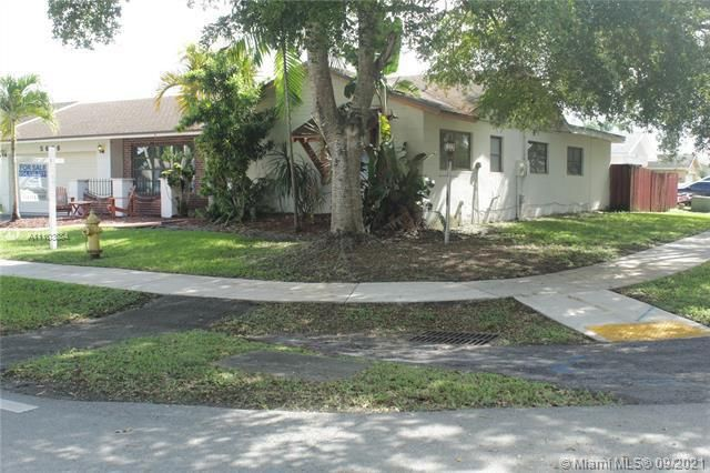 Flamingo Gardens for Sale - 5636 SW 118th Ave, Cooper City 33330, photo 5 of 35