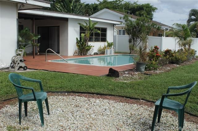 Flamingo Gardens for Sale - 5636 SW 118th Ave, Cooper City 33330, photo 7 of 35