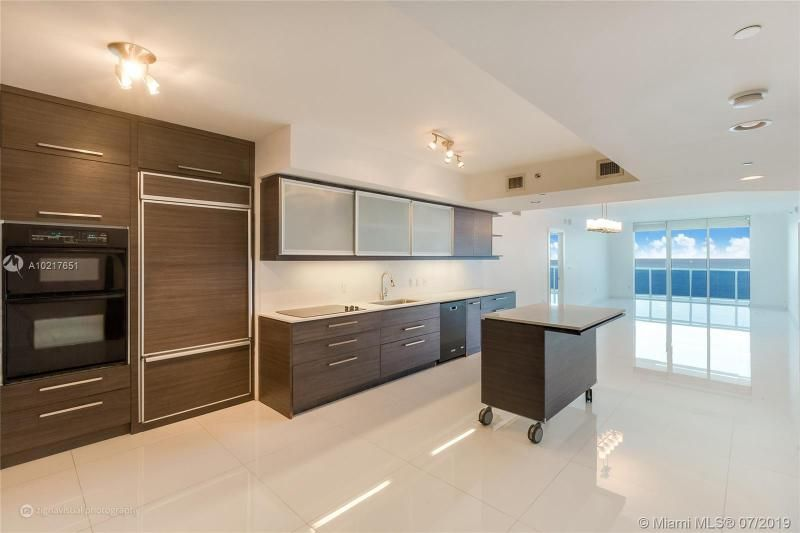 Beach Club I for Sale - 1850 S Ocean Dr, Unit 2702, Hallandale 33009, photo 1 of 19