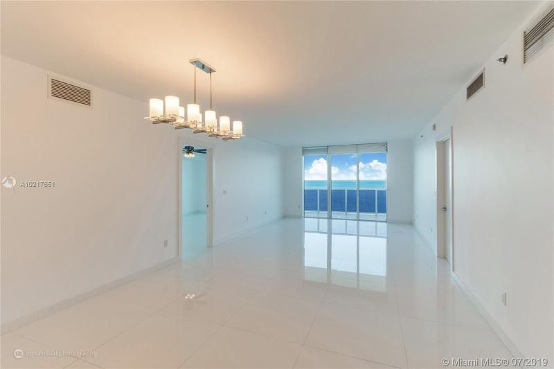 Beach Club I for Sale - 1850 S Ocean Dr, Unit 2702, Hallandale 33009, photo 3 of 19