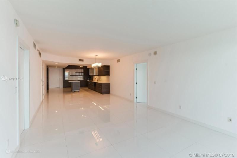 Beach Club I for Sale - 1850 S Ocean Dr, Unit 2702, Hallandale 33009, photo 4 of 19